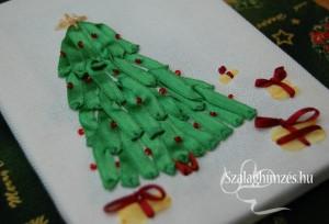 Karácsonyfa szalaghímzéssel
