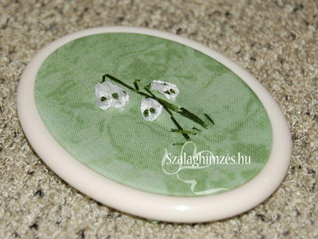 Hóvirág szalaghímzés minta