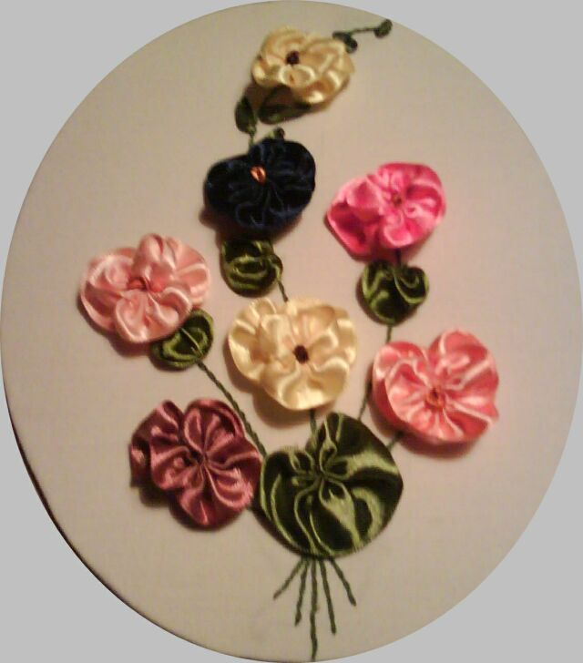 Sarolta szalagvirága